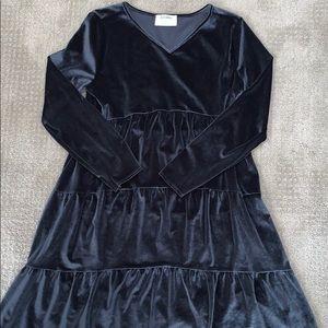 NWT Old Navy girls black velvet dress